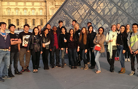 Art History Students Visit Paris